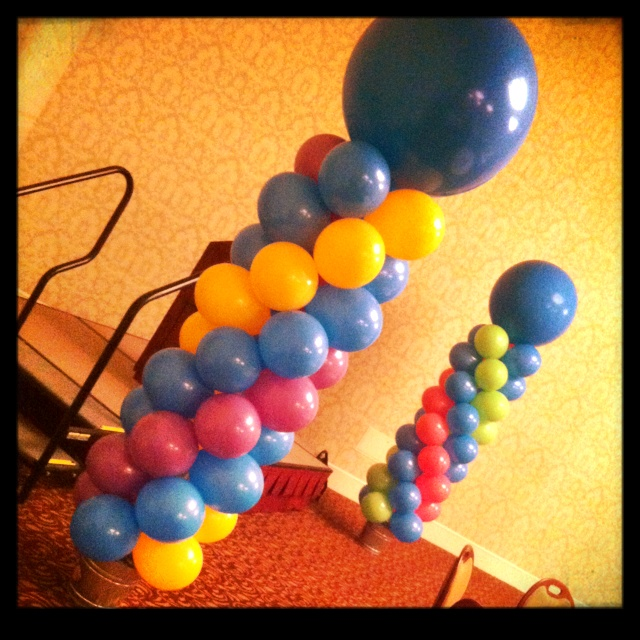 1000 images about up balloon boutique on pinterest for Champagne balloon wall