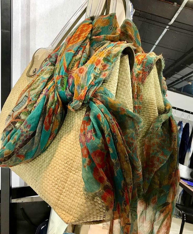 Richiami Scarves and its new summer collection!  Richiami Scarves waits for you at Premiere Classe Paris Porte de Versailles Hall 3 Stand 3-125 September 8-11. New collection and new creations will surprise you! Email in bio for passes requests. - - - #richiamiscarves #fashionaccessories #madeinitaly #kaftan #bags #newcollection #fashionshow #fashionpost #premiereclasse #fashiongram #fashionista #fashionlovers #instafashion #instastyle #fashionstyle #fashiontrends #italianfashion…