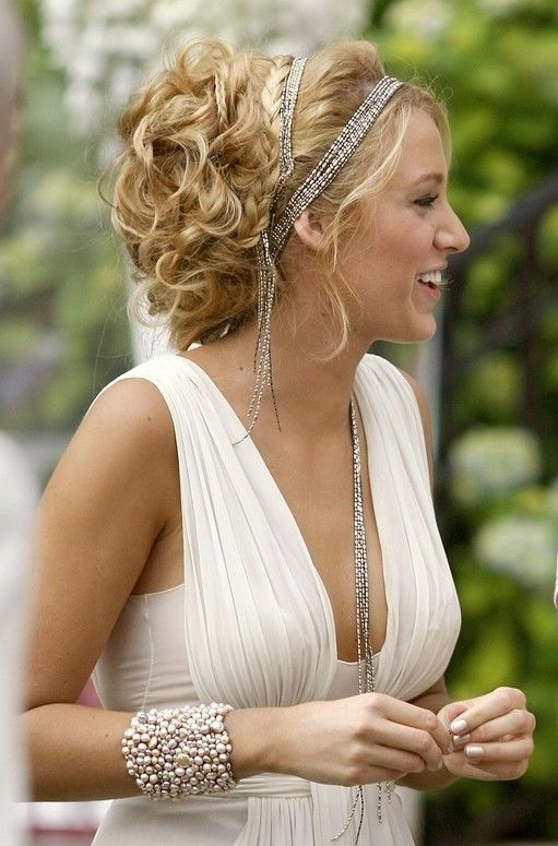 Serena Greek goddess hair- take note this is how hair should look.