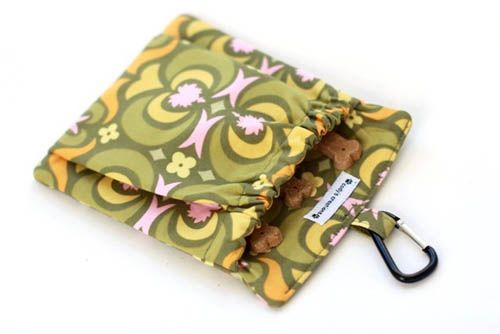to make: The Pocket Treat and Training Bag Photo