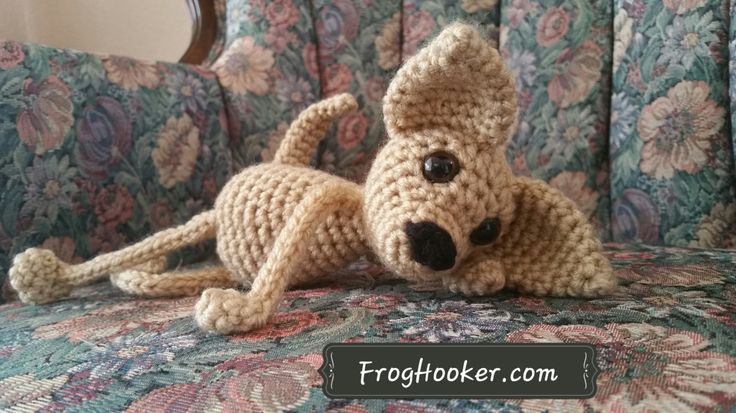 FLOPPY CHIHUAHUA DOG AMIGURUMI CROCHET PATTERN   Floppy Chihuahua is a member of my floppy limbed line of amigurumi patterns. He comes with both a short-faced, apple head option, and well as a long-faced, deer head option.   This pattern contains small parts. If you are making this for a younger child please embroider …