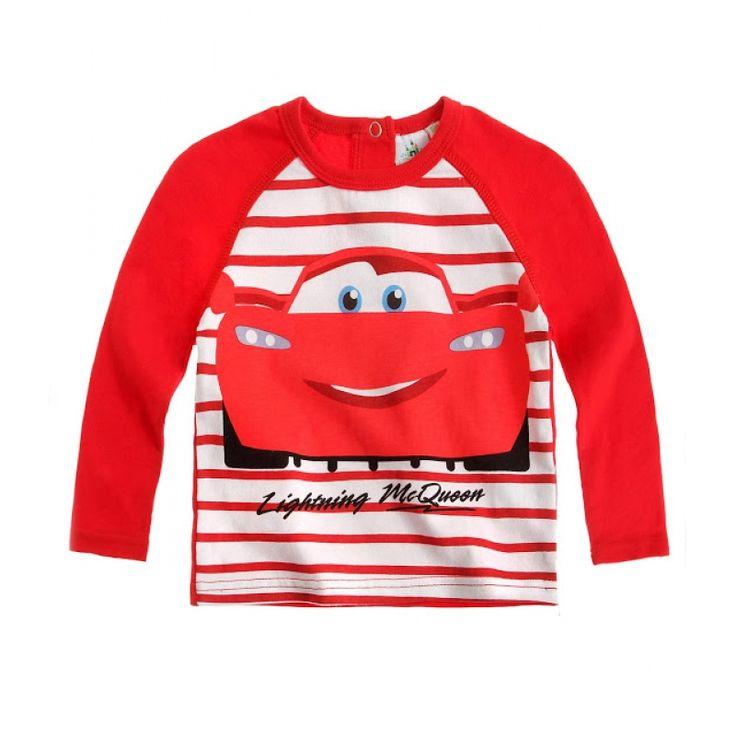 Imbracat cu aceasta bluza bebelusul tau va atrage toate privirile!  material imprimat cu model in partea din fata, partea din spate este de culoare rosie; prevazuta cu trei capse la spate, pentru o imbracare usoara; material de calitate, moale si placut la atingere, din bumbac 100%; articol produs cu licenta Disney Baby.