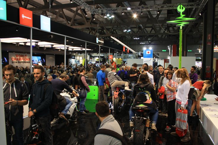 so many people at Energica Motor Company booth!