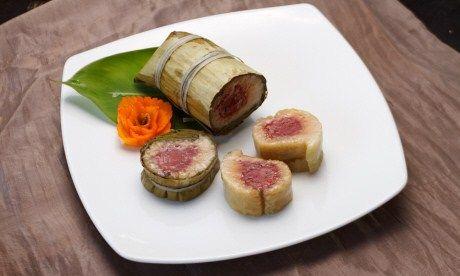 Num Ansom Chake (warm rolled banana and rice cake)