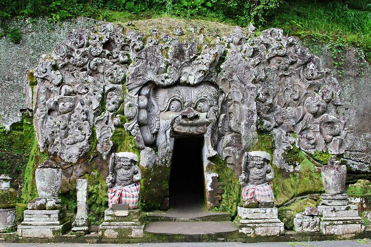 Elephant Cave in Bali - Goa Gajah Goa Gajah's name is slightly misleading, lending the impression that it's a gigantic dwelling full of elephants. Nevertheless, Goa Gajah 'Elephant Cave' is an archaeological site of significant historical value that makes it a special place to visit. Located on the cool western edge of