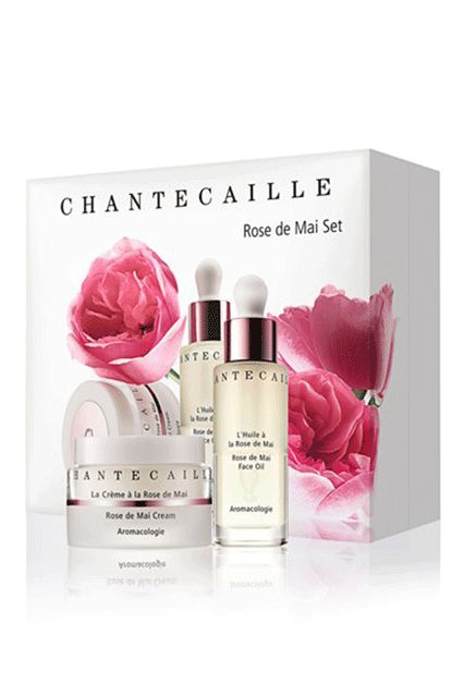 Looking for natural, high-impact anti-aging at its best? This kit comes with two formulas — oil and cream — which are infused with botanicals. Our advice: Buy it as a gift...for yourself. Chantecaille Rose de Mai Set, $278 ($395 value), available for pre-sale to members at Nordstrom. #refinery29 http://www.refinery29.com/2016/07/116866/nordstrom-semi-annual-sale-beauty-products-2016#slide-4
