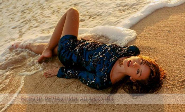 Морской стиль позволяет легко превратиться из девчонки-сорванца в шикарную знойную женщину