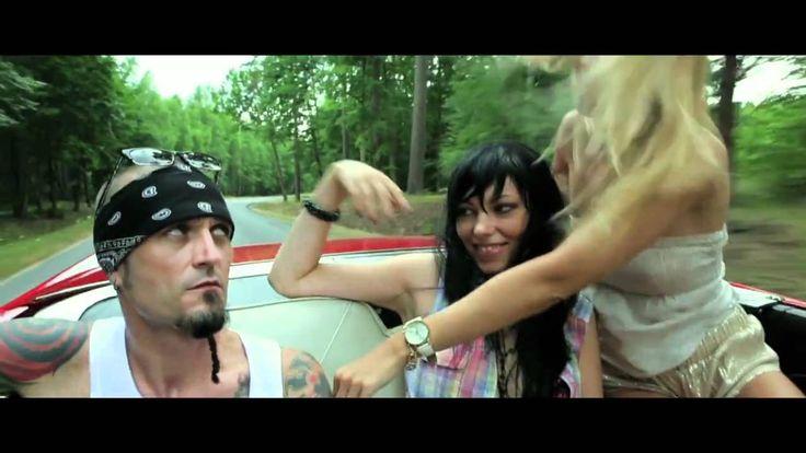 Acid Drinkers - Love Shack (official video)