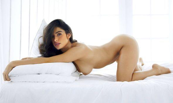 sarah shahi fakes