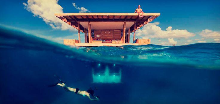 В отеле The Manta Resort есть все для приятного отдыха и отличного дайвинга. Даже специальный подводный номер с прозрачными стенами для изучения яркой подводной жизни