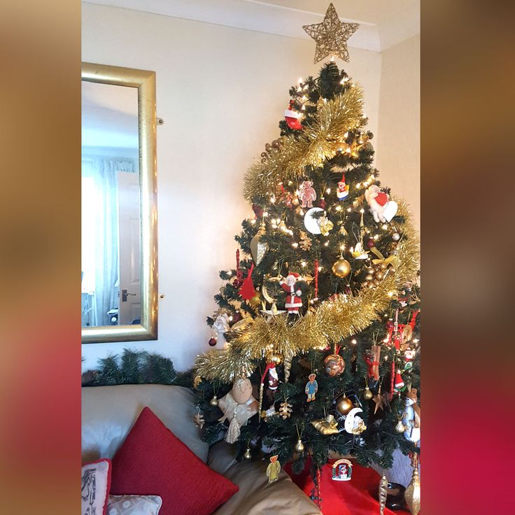 Bring the playfulness to the Christmas tree