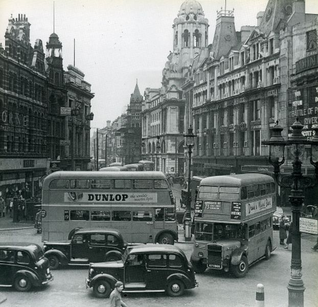324-Charing Cross Road - St Giles Circus 1950s (2/13) by Warsaw1948, via Flickr