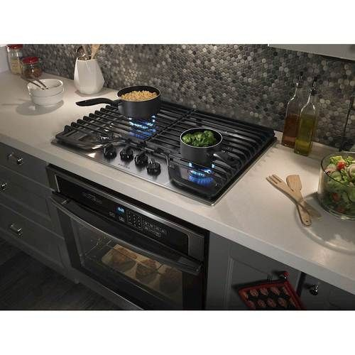 Amana 30 Built In Gas Cooktop Stainless Steel Agc6540kfs Best Buy In 2020 Gas Cooktop Gas Stoves Kitchen Kitchen Island With Cooktop