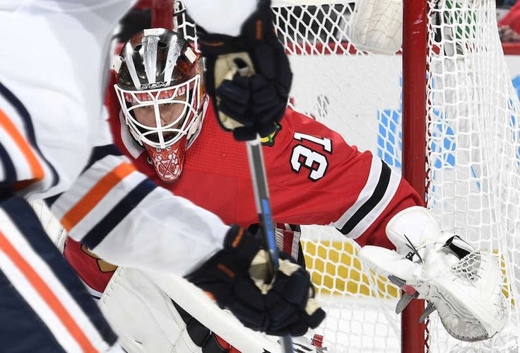 CHICAGO, IL - OCTOBER 19: Goalie Anton Forsberg #31 of the Chicago Blackhawks guards the net against the Edmonton Oilers in the second period at the United Center on October 19, 2017 in Chicago, Illinois. (Photo by Bill Smith/NHLI via Getty Images)