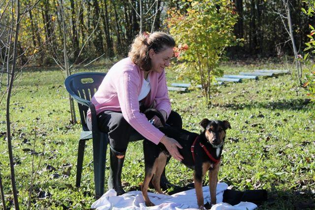 Giovanna con Rudy: lei è particolarmente affezionato a lui, perché ha salvato lui e sua mamma da una brutta esperienza.