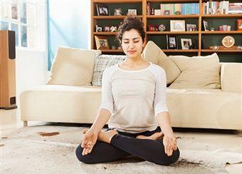 Aprender Como practicar yoga en casa es muy fácil con los consejos y los ejercicios que tengo para ti. Si quieres conocerlos solo ENTRA AQUÍ...Namasté