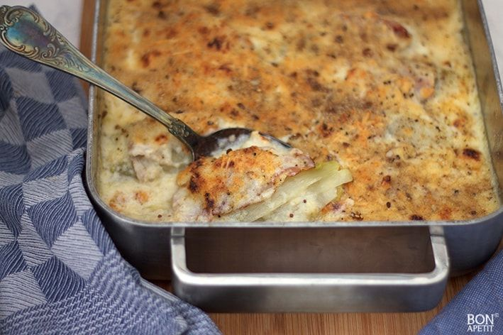 Even terug in mijn jeugd met witlof uit de oven, heerlijk met ham en kaassaus. Wil je dit ouderwetse recept ook eens maken? Lees verder op BonApetit!