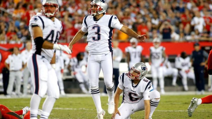 TAMPA, FL - OCTOBER 5:  Kicker Stephen Gostkowski #3 of the New England Patriots and punter Ryan Allen #6 watch Gostkowski's 45-yard field goal during the third quarter of an NFL football game against the Tampa Bay Buccaneers on October 5, 2017 at Raymond James Stadium in Tampa, Florida. (Photo by Brian Blanco/Getty Images)