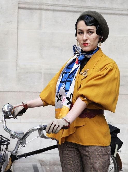 An interview with London Stylist and Bike Fashion Muse Karina T. Jones