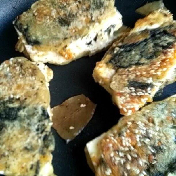 Frying fake fish. Fish from Tofu. For all who miss fish taste.  #fried #fakefish #from #tofu , #fishismurder #nofish #vegan #vegaani #veganshares #plantbasedfood #plantsforthewin #plantstrong #earthlings #veganvideos #веган #яникогонеем #тофу #plantfish #saveanimals #greenplanet #plants #forall #instagram @veganvideos #sogood #look #wow