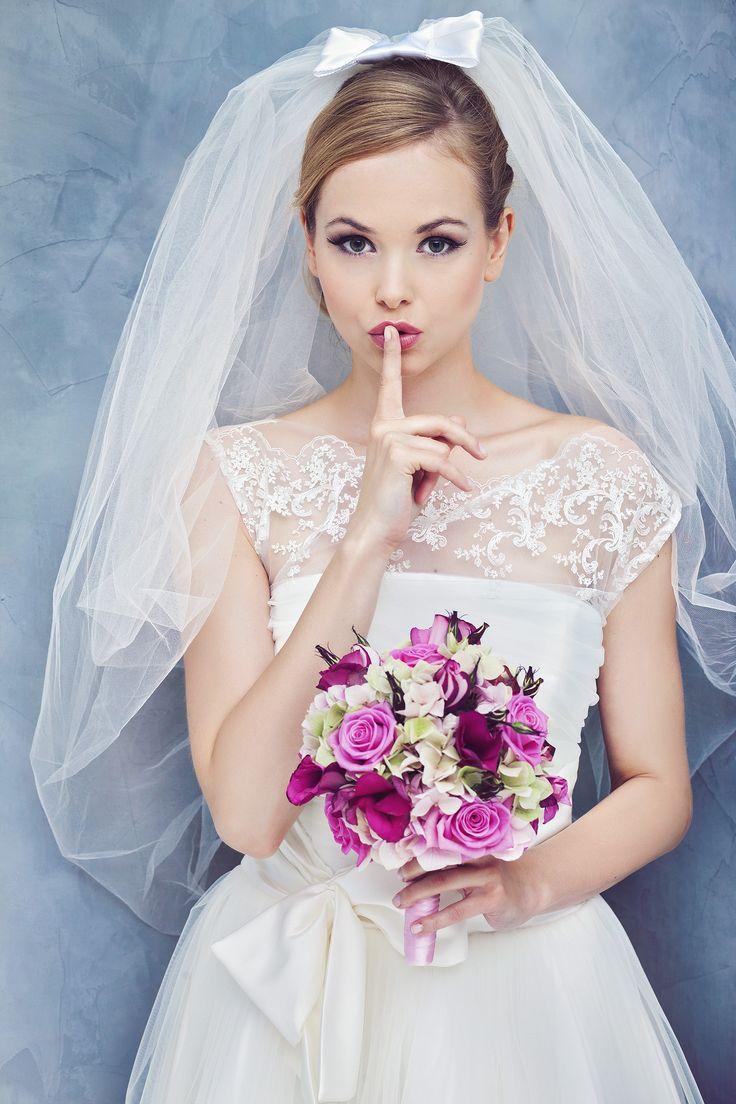 It is a short wedding dress, but we keep it secret... www.juda-pietkiewicz.com