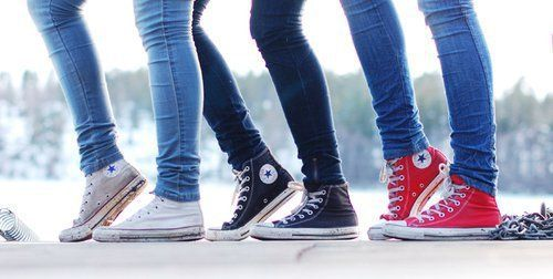 De alguna manera Misterio Saturar  19 Things Only People Who Are Obsessed With Converse Will Understand -  PopBuzz