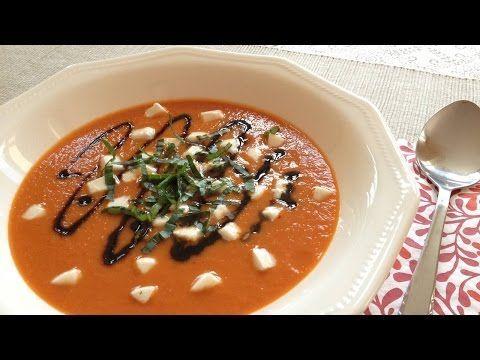 Muy Locos Por La Cocina: Sopa Caprese (Tomate, Mozzarella, Albahaca y Reducción Balsámica)