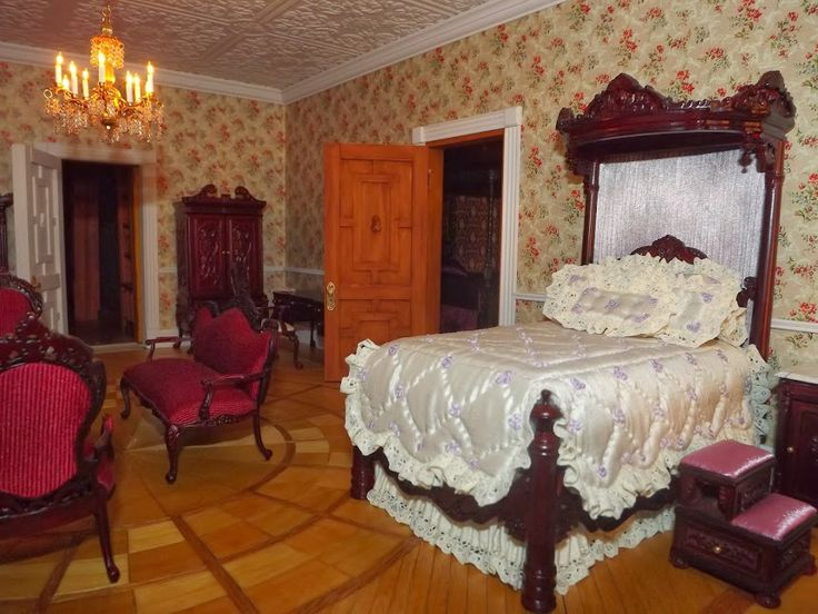 Countess's Bedroom 2