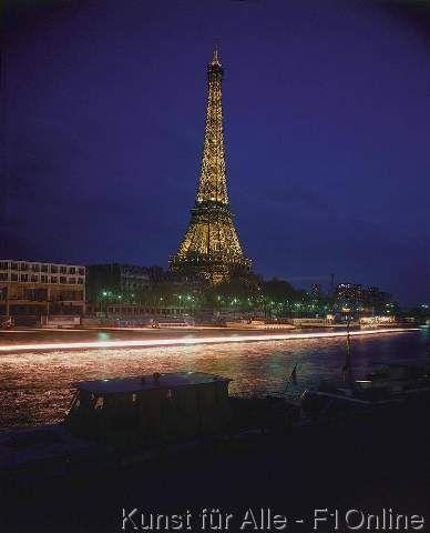 Eiffelturm bei Nacht, Fluß Seine