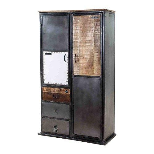 Afmetingen: hxbxd 180cmx100cmx45cm  Achter de grote deur zitten 3 schappen verdeeld en achter de kleine deur 1 schap in het midden. Alle schappen hebben een draagkracht van 8 kg.
