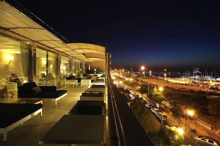 Il terrazzo di #PalazzodelCorso a #Gallipoli gode di una vista emozionante. Prenota la tua cena al Dolce Vita info@hotelpalazzodelcorso.it 0833 264040