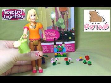 Игры для Девочек Набор Счастливы Вместе! Тетушка! Happy Together Toys Aunt You & Me http://video-kid.com/17012-igry-dlja-devochek-nabor-schastlivy-vmeste-tetushka-happy-together-toys-aunt-you-me.html  Набор Счастливы Вместе! Сегодня мы поиграем с Тетушкой, которая любит ухаживать за цветочками!!! Давай скорее распакуем этот набор и поиграем! Потап Розовый!Happy Together Toys Aunt You & Me is a super set which we are going to unpack today! In this video the doll Aunt is Taking Care of the…