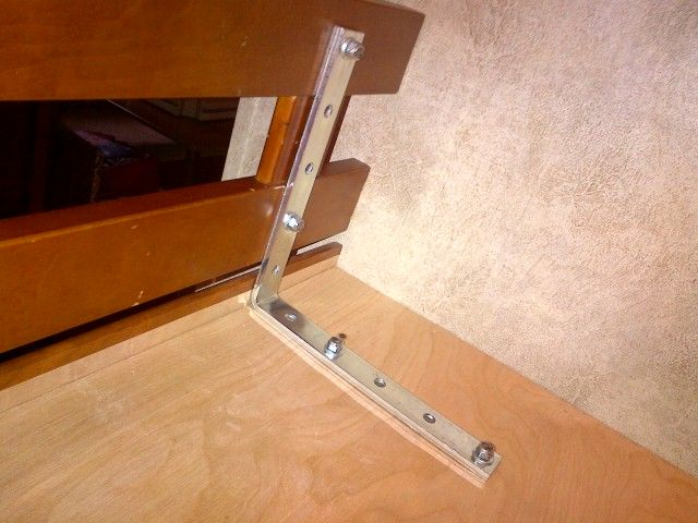 31 best images about stapelbed caravan on pinterest open for Rv loft bed