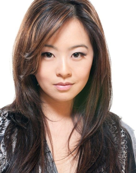 Julia Ling Height, Weight, Bra Size Body Measurements