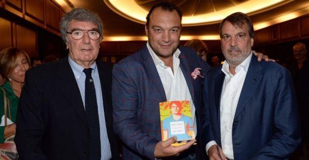 İtalyan futbol efsanesi Marco Tardelli'nin hayatı kitap oldu