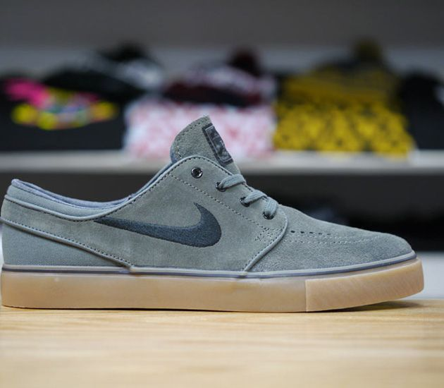 Nike SB Stefan Janoski Low-Dark Base Grey-Black-Gum