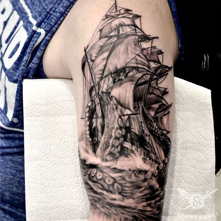 The 25+ best ideas about Kraken Tattoo on Pinterest ...