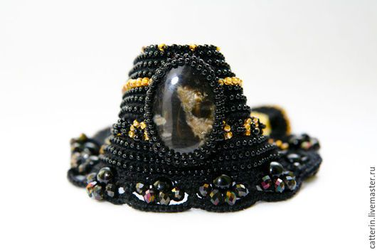 Crochet cuff, Beaded crochet cuff, Crochet bracelet, black cuff, Boho style bracelet, Handmade crochet cuff, cuff, Bohemian jewelry, crochet with beads, вязаный браслет, браслет крючком, браслет с бисером, вязание с бисером, браслет с натуральным камнем, catterinsart, catterins, браслет с агатом