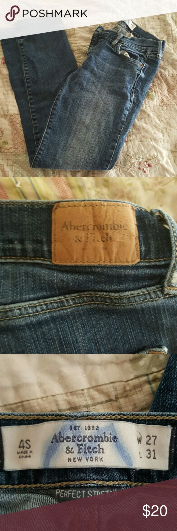 Jeans Perfect stretch Blue jeans. These were my pregnancy jeans. They no longer fit. Abercrombie & Fitch Jeans Straight Leg