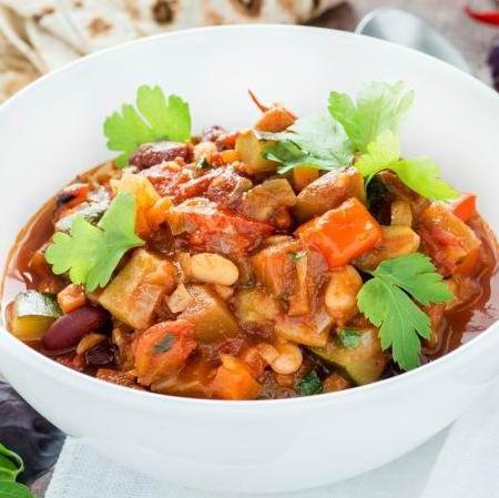 Egy finom Vegetáriánus chili ebédre vagy vacsorára? Vegetáriánus chili Receptek a Mindmegette.hu Recept gyűjteményében!