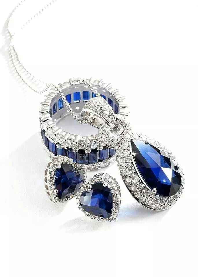 Check this link right here http://dubaiwholesalediamonds.com/ for more information on Buy Wholesale Diamonds. If you could Buy Wholesale Diamonds prices, you could save money while you get that special gift for the woman in your life. The best way to get diamonds at low prices (besides mining for them yourself) is to buy them from online wholesale diamond ring auction sites. It's safe, it's easy, and it will save you a ton of money. Follow Us : http://buywholesalediamonds.tumblr.com/