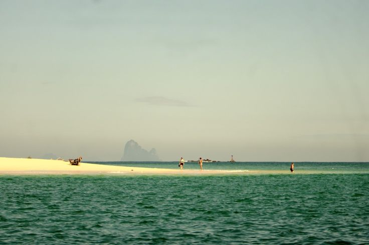 Koh Bulon Leh beach