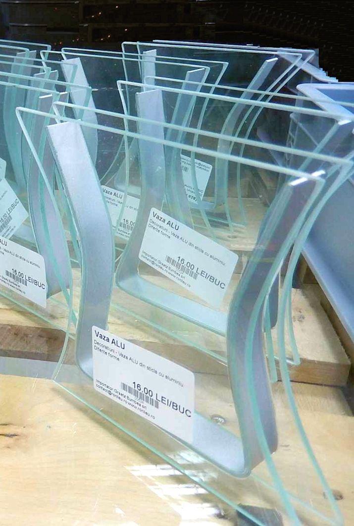 Vaza ALU din sticla cu aluminiu. 2 diferite forme. art.-nr: 00524. Lei 16.-