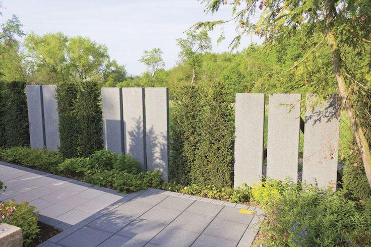 palissade extérieure plaques-beton-arbustes-haie