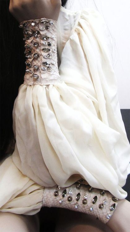 White blouse with embellished cuffs; sewing inspiration; close up fashion detail // Stefano De Lellis