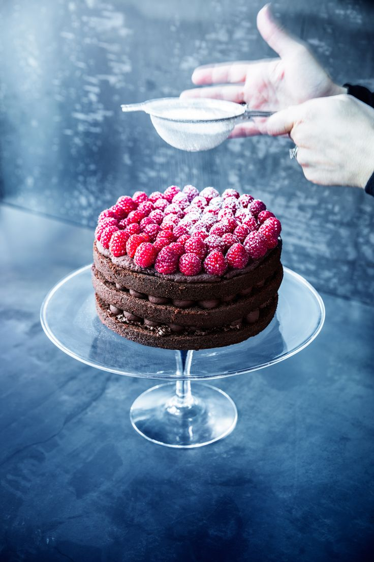 A Delicious Vegan Raspberry-Chocolate Truffle Cake   Rue