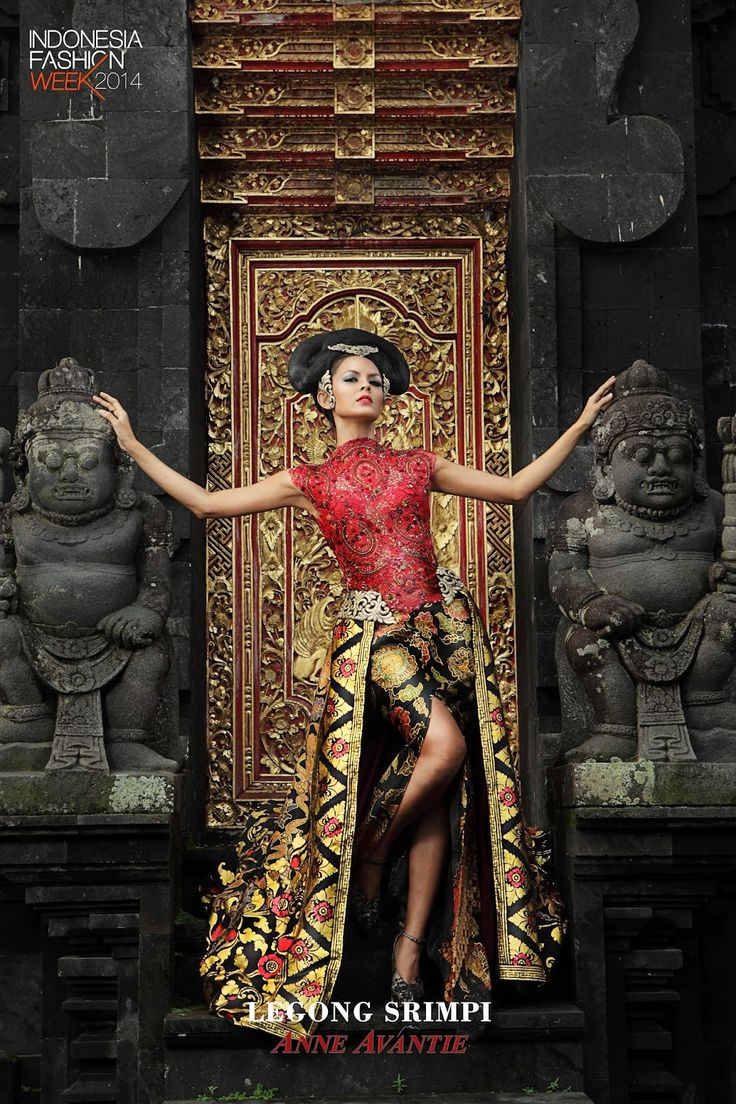 Hello lovelies, as we know Anne Avantie were known as the best Kebaya Designer in Indonesia. Tonight i would like to share you the Legong Srimpi Collection By Anne Avantie. As an Indonesian, we must be very very proud to see this Indonesian Kebaya Collection. Enjoy! Source