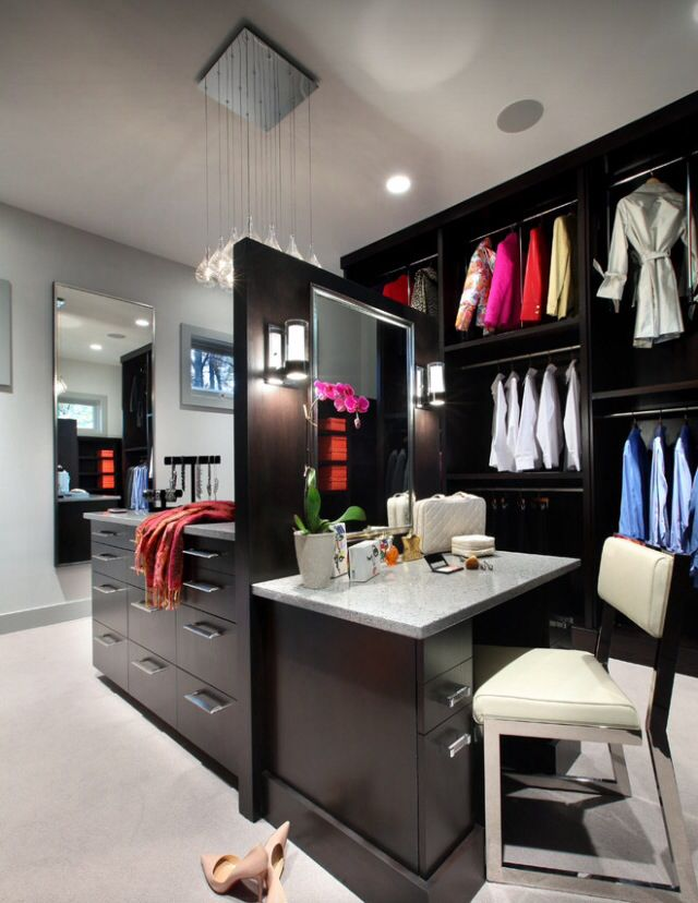 Just fell in love with this closet.