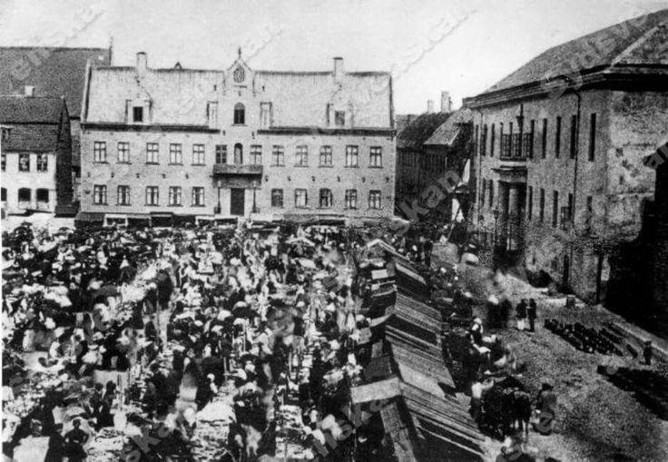 Stortorget på 1860-talet.  Sydsvenskans foto.