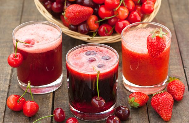 Antioxidáns, vitamindús és frissítő: nyári pirosgyümölcs-turmix a gyereknek | femina.hu